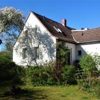 Sonniges Häuschen mit Garten