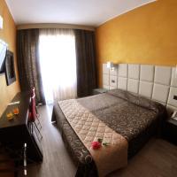 Hotel Cristallo, hotel a Varazze