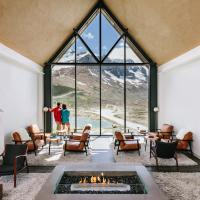 Glacier View Lodge, hotel em Sunwapta