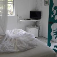 Mango Beach Inn, hotel in Marigot Bay