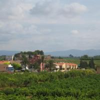 Casa rural ca l'Antoni (Tarragona), hotel in Nulles