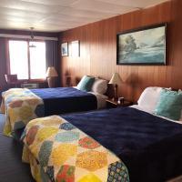 Showboat Motel Restaurant & Bar, hotel in Himrod