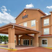 Comfort Inn & Suites Fort Myers Airport, hotel near Southwest Florida International Airport - RSW, Fort Myers