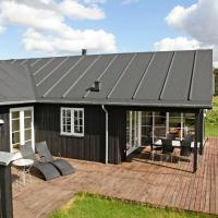 Four-Bedroom Holiday home in Nysted 2, hotel i Nysted