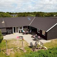 Nine-Bedroom Holiday home in Vejers Strand