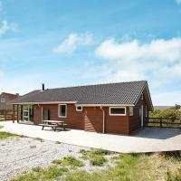 Four-Bedroom Holiday home in Thisted 2, hotel i Klitmøller