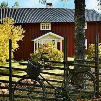Three-Bedroom Holiday home in Jönköping, hotel a Norrahammar