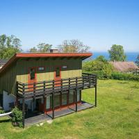 Three-Bedroom Holiday home in Allinge 3
