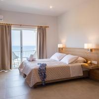 Euphoria Blue studio apartments, hotel in Artemida