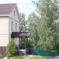 Апартаменты Чернышевская 39, hotel in Tikhvin