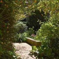 Jardin Secret, hotel in Moulins