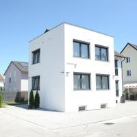 Kleine Studio-Wohnung, kontaktloser Check-in, hotel near Friedrichshafen Airport - FDH, Meckenbeuren