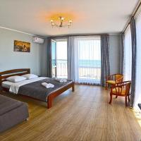 Hotel Golden Beach, hotel in Zatoka