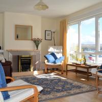 Pebbles Shore, hotel in Blairmore