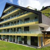 Mountain apartment Innerkrems, hotel in Innerkrems