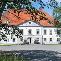 Västanå Slott, hotel in Gränna