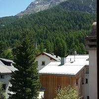Ches'Arsa 2, hotel in La Punt-Chamues-ch