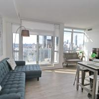 High-End 3-Bedroom Condo, Entertainment District (Downtown) w/ City View & Balcony