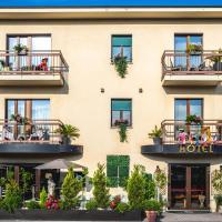 B City Hotel, hotel en Bardolino