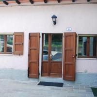 Casa rosa sull'appennino tosco emiliano, hotel in Barigazzo