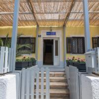 Hostel Flora, hotel in Mali Lošinj