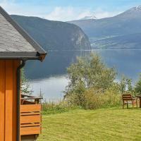 Three-Bedroom Holiday home in Utvik 1