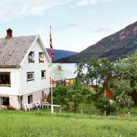 Two-Bedroom Holiday home in Vistdal