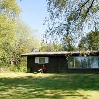 Two-Bedroom Holiday home in Gilleleje 2