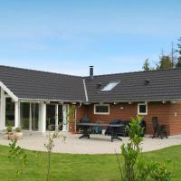Four-Bedroom Holiday home in Stege 2