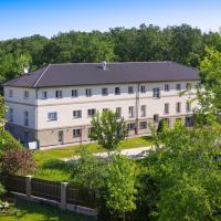 Penzion Lesni, hotel v destinaci Milovice