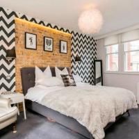 Super cool 2 bedroom split level duplex