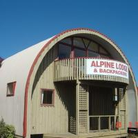 Alpine Backpackers Lodge
