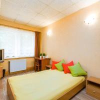 Pokoje ECONOMY BUDGET - Camp LIPNO – hotel w mieście Stęszew