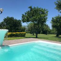 Hule Campestre, Escapa de la ciudad, relájate a solo 55 min de Monterrey!, hotel en La Morita