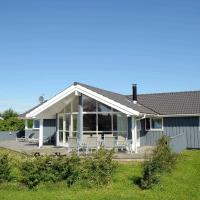 Four-Bedroom Holiday home in Børkop 2