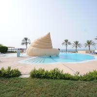 Golden Tulip Al Jazira Bungalows, hotel in Ghantoot