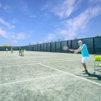Hamptons Beach & Tennis Getaway, hotel in Amagansett