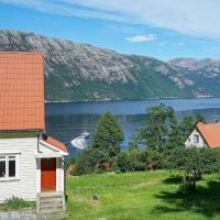 Holiday home Fløyrli