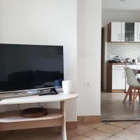 Apartma Cerknica, hotel in Cerknica