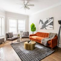 Charming and Sleek 2BR Apt at Lincoln Square EA1