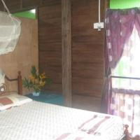 Butterfly Guest House, hotel in Pantai Cenang