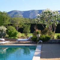 Maison avec piscine et golf au coeur du Luberon