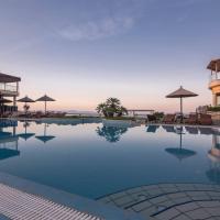 Blue Bay Hotel, hotel in Afitos