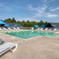 Vacancéole - Residence le Domaine du Bosquet, hotel en Égletons
