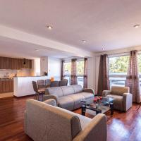 El Triunfo Apartments