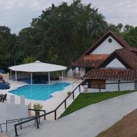 Hotel Campestre El Refugio, hotel in Doradal