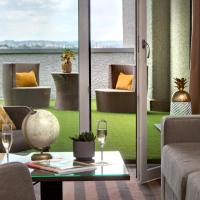 Golden Tulip Lyon Eurexpo, hotel in Saint-Priest