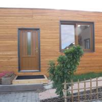 Domeček-dřevostavba na soukromém pozemku
