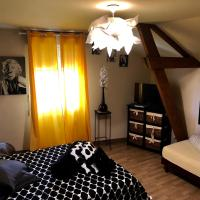 LE HAVANA, hotel near Bergerac Airport - EGC, Bergerac