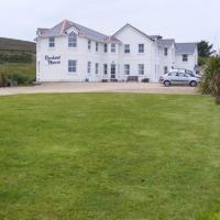 Roskeel House, hotel in Achill